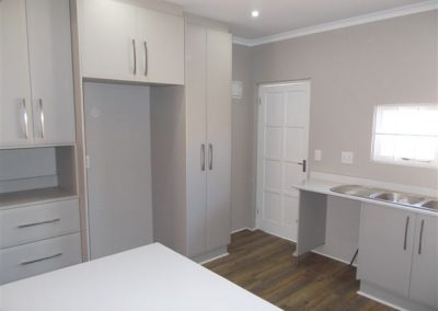 Scullery White
